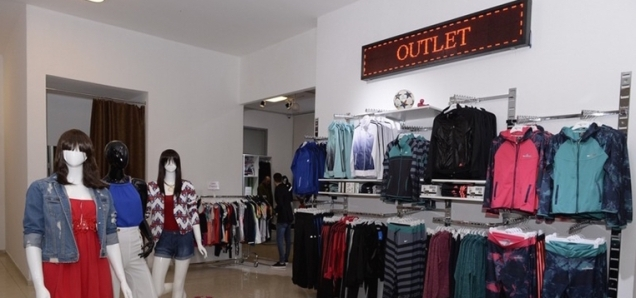 2-outlet