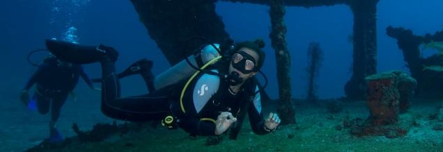 3-scuba wreck